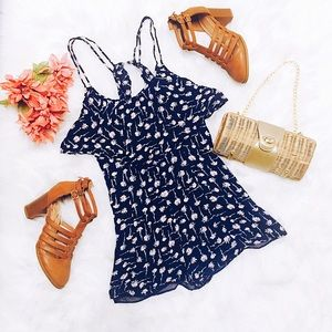 Kimchi Blue navy blue floral Romper size small.